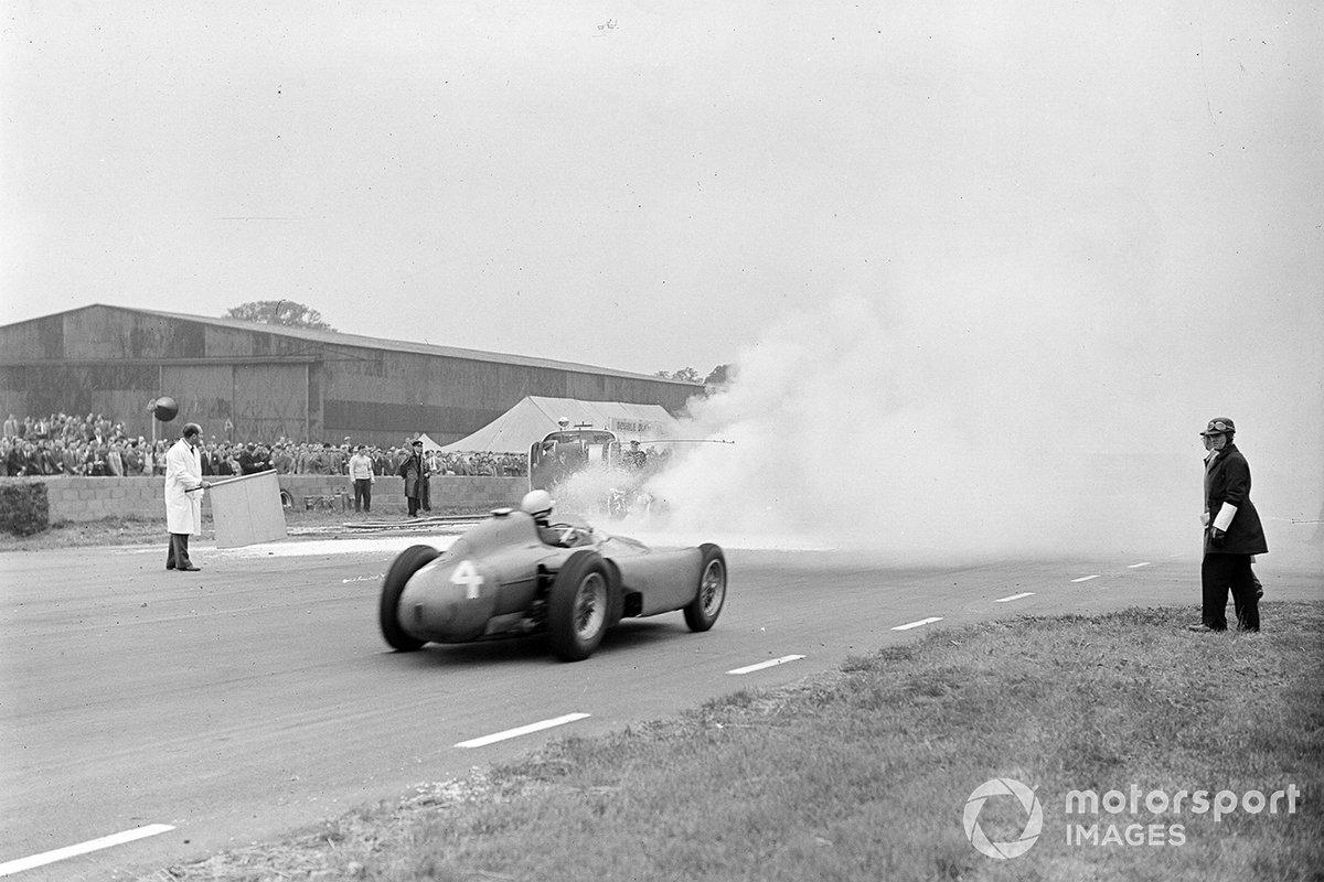 Коллинз довел машину де Портаго до финиша на втором месте. Очки гонщики поделили пополам, а столь высокий результат стал для испанца первым в карьере