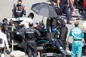 Valtteri Bottas, Mercedes F1 W11 EQ Performance, on the grid