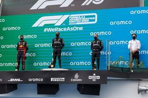 Lewis Hamilton, Mercedes-AMG Petronas F1, Max Verstappen, Red Bull Racing and Valtteri Bottas, Mercedes-AMG Petronas F1 on the podium