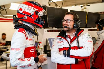 Julien Simon-Chautemps, Senior F1 Race Engineer Alfa Romeo with Robert Kubica, Alfa Romeo