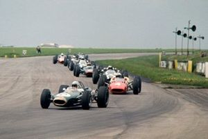 Jack Brabham, Brabham BT19-Repco, John Surtees, Ferrari 312