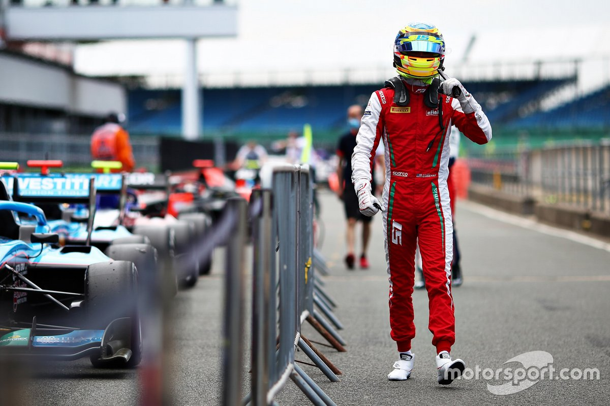 Ganador de la pole Logan Sargeant, Prema Racing