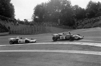 Rolf Stommelen, March 721 Ford, Graham Hill, Brabham BT37 Ford