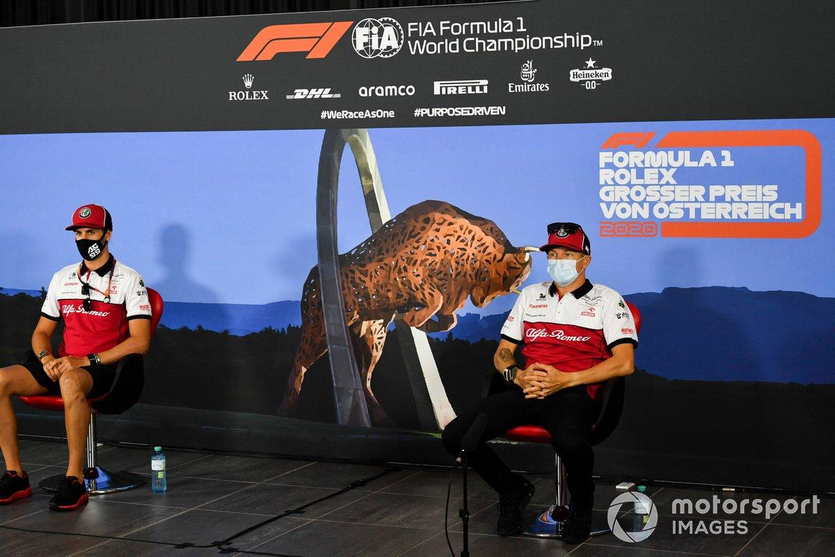 Antonio Giovinazzi, Alfa Romeo y Kimi Raikkonen, Alfa Romeo en la conferencia de prensa
