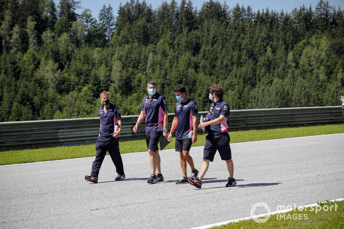Sergio Perez, Racing Point cammina lungo il tracciato