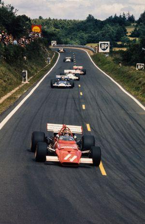 Ignazio Giunti, Ferrari 312B leads François Cevert, March 701 Ford and Rolf Stommelen, Brabham BT33 Ford
