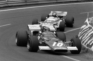 Jacky Ickx, Ferrari 312B leads Jean-Pierre Beltoise, Matra MS120