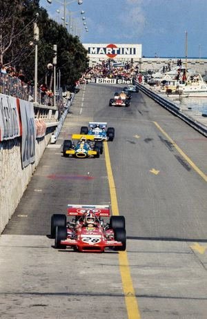 Chris Amon, March 701 Ford leads Jack Brabham, Brabham BT33 Ford and Jean-Pierre Beltoise, Matra MS120