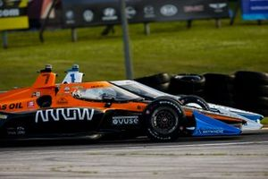 Оливер Эскью, Arrow McLaren SP Chevrolet и Джозеф Ньюгарден, Team Penske Chevrolet