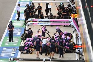 Lance Stroll, Racing Point RP20, makes a practice pit stop