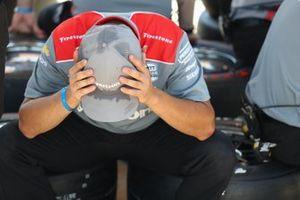 Team Penske crew member during practice