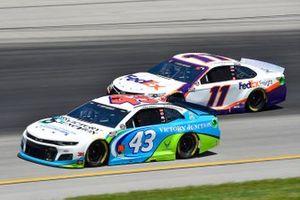 Darrell Wallace Jr., Richard Petty Motorsports, Chevrolet Camaro Victory Junction, Denny Hamlin, Joe Gibbs Racing, Toyota Camry FedEx Freight
