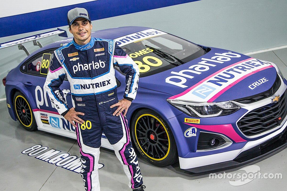 Marcos Gomes, campeão da Stock Car em 2015