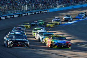 Kyle Busch, Joe Gibbs Racing, Toyota Camry M&M's, Erik Jones, Joe Gibbs Racing, Toyota Camry Sirius XM