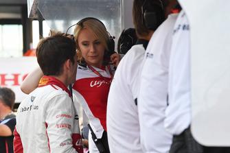 Charles Leclerc, Sauber ve Ruth Buscombe, Sauber Yarış Stratejisti