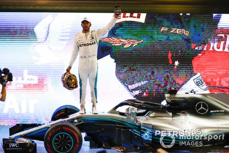 Ganador Lewis Hamilton, Mercedes AMG F1 celebra
