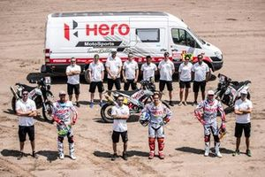 CS Santosh, Joaquim Rodrigues, Oriol Mena, HERO Motorsports Team Rally group photo