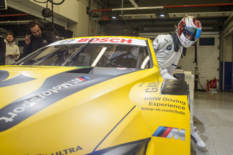 Sheldon van der Linde, BMW M4 DTM