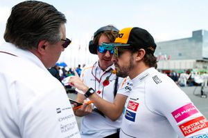 Zak Brown, Executive Director, McLaren Racing, with Fernando Alonso, McLaren