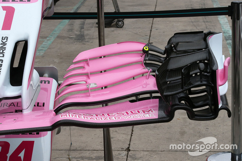 Detalle del alerón delantero del Racing Point Force India VJM11