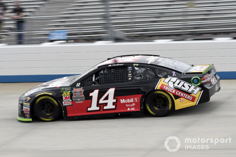 5. Clint Bowyer, Stewart-Haas Racing, Ford Fusion Haas VF1/Rush Truck Centers
