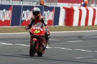 Il vincitore della gara Álvaro Bautista