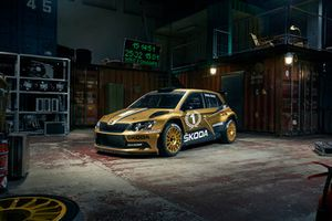 Golden livery celebrating the current version of FABIA R5