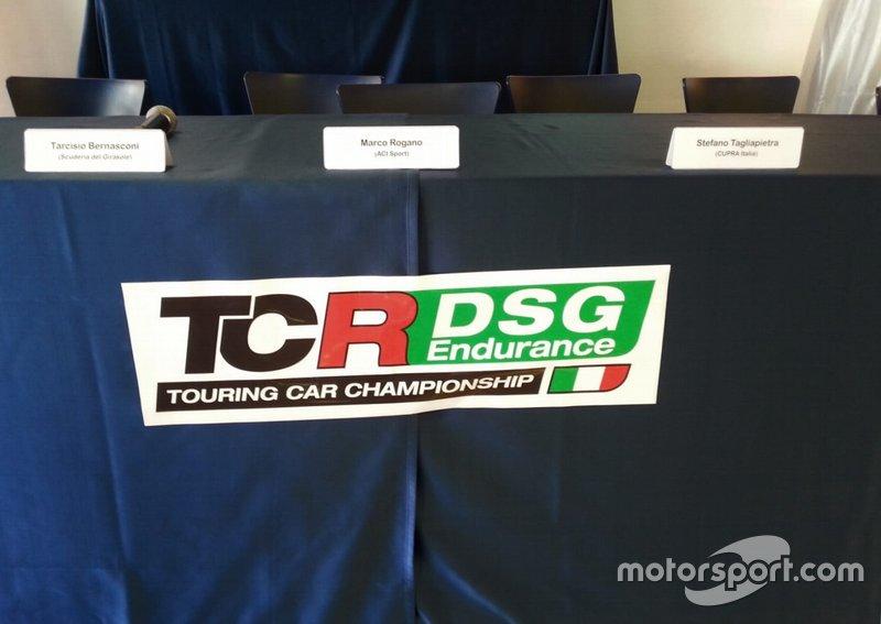 Logo del campionato TCR DSG Endurance