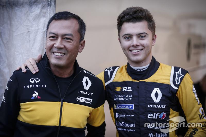Mia Sharizman, directeur de la Renault Sport Academy, Max Fewtrell, R-Ace GP