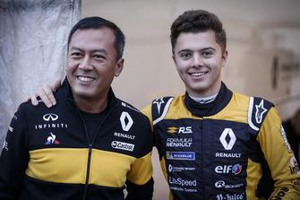 Mia Sharizman, Renault Sport Academy Director, Max Fewtrell, R-Ace GP