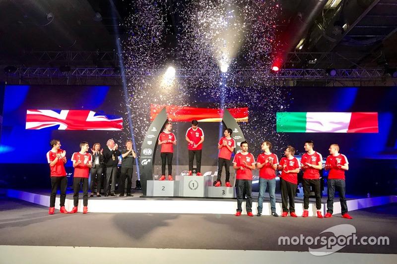 Podio de las finales europeas FIA de Gran Turismo