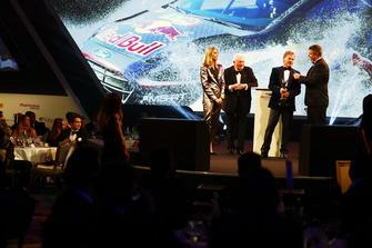 Malcolm Wilson reçoit le trophée de voiture de rallye de l'année