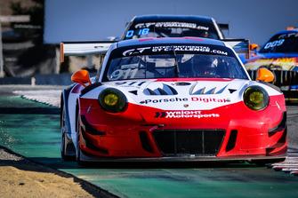 #911 Wright Motorsport Porsche 911 GT3 R: Dirk Werner, Romain Dumas, Frederic Makowiecki