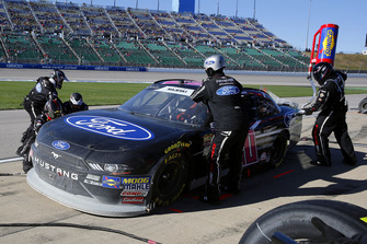 Ty Majeski, Roush Fenway Racing, Ford Mustang Ford pit stop