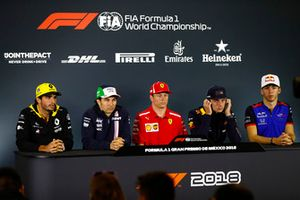 Carlos Sainz Jr., Renault Sport F1 Team, Sergio Perez, Force India, Kimi Raikkonen, Ferrari, Max Verstappen, Red Bull Racing, et Pierre Gasly, Toro Rosso, lors de la conférence de presse
