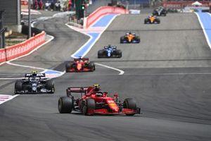 Carlos Sainz Jr., Ferrari SF21, Pierre Gasly, AlphaTauri AT02, and Charles Leclerc, Ferrari SF21