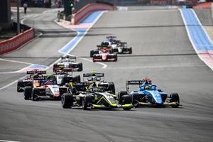 Kaylen Frederick, Carlin, Tijmen Van Der Helm, MP Motorsport y Enzo Fittipaldi, Charouz Racing System