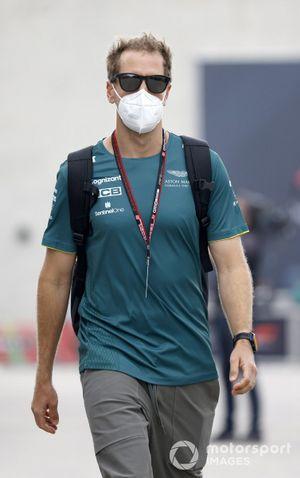 Sebastian Vettel, Aston Martin arriving at the Portugal GP
