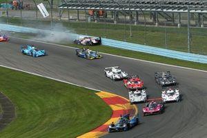 #8 Tower Motorsport ORECA LMP2 07, LMP2: John Farano, Gabriel Aubry, James French spins at the start