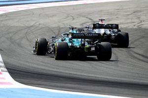 Lewis Hamilton, Mercedes W12, Lance Stroll, Aston Martin AMR21