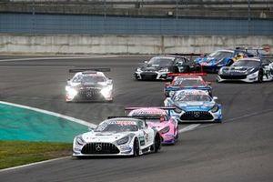 Start practice Gary Paffett, Mücke Motorsport Mercedes AMG GT3 leads