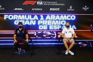 Sergio Pérez, Red Bull Racing, Nikita Mazepin, Haas F1 en la conferencia de prensa