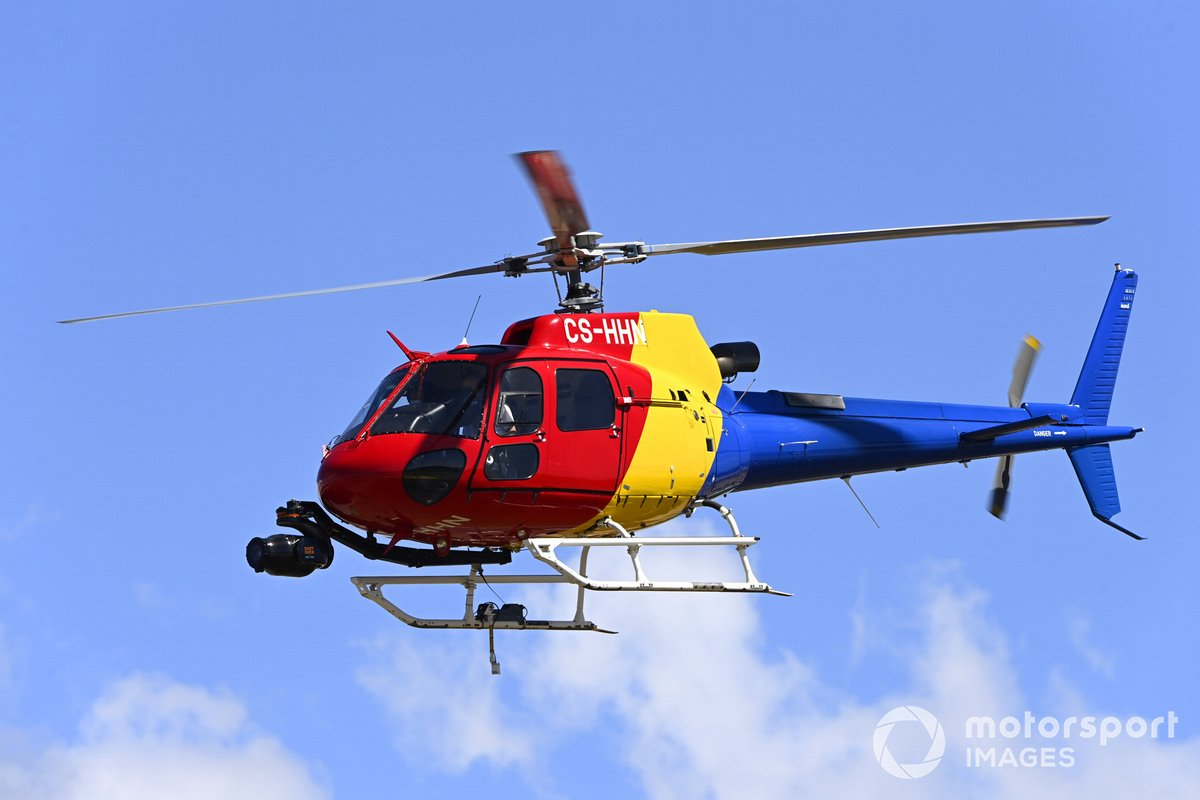 Un helicóptero AS 350B3 Ecureuil