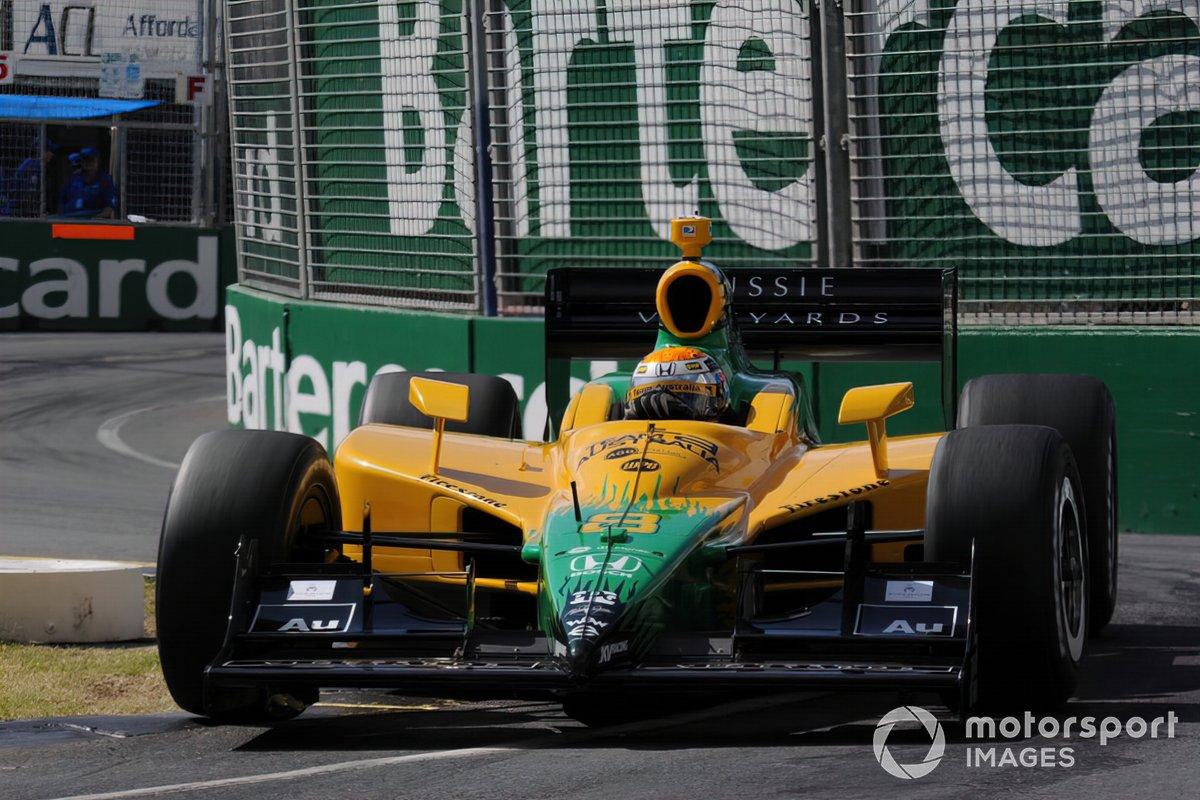 Crash in Führung liegend beim letzten Australien-Rennen