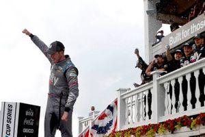Race winner Alex Bowman, Hendrick Motorsports, Chevrolet Camaro