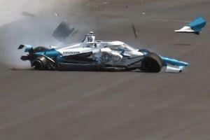 Alex Palou, Chip Ganassi Racing Honda, crash