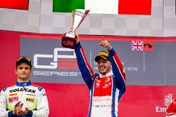 Podium: Sieger Antonio Fuoco, Status Grand Prix