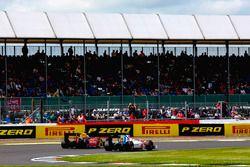 Antonio Giovinazzi, Prema Racing; Oliver Rowland, MP Motorsport