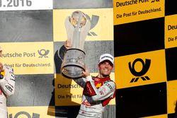 Şampiyonluk Podyumu: 3. Jamie Green, Audi Sport Team Rosberg, Audi RS 5 DTM.