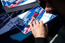 #67 Ford Chip Ganassi Racing Team UK Ford GT: Marino Franchitti, Andy Priaulx, Harry Tincknell, signs autographs for the fans